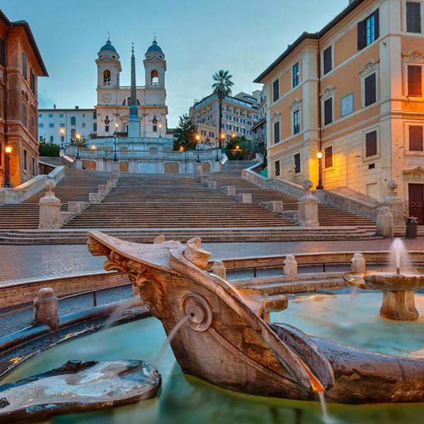 Studio Fotografico Vicino Piazza di Spagna a Roma